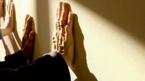 Kinésithérapie des affections psychiatriques ou kinésithérapie à option relationnelles / Bednarski Maria